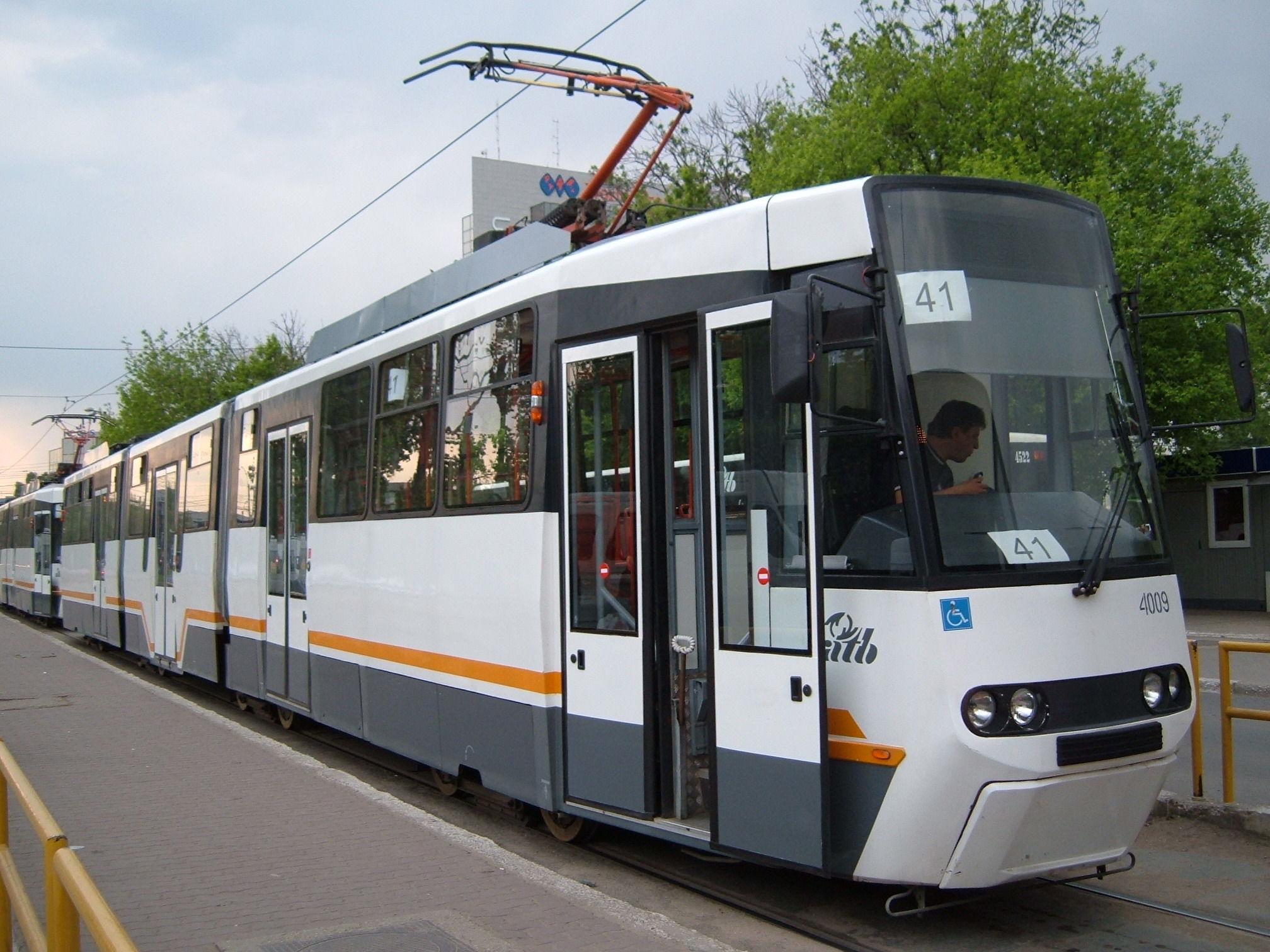 Cum am luat amendă în tramvai