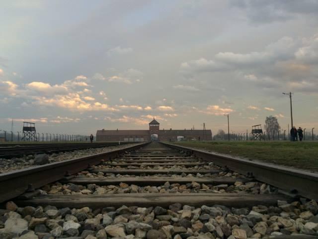 #otineanuinpolonia – Terifiantul Auschwitz Birkenau