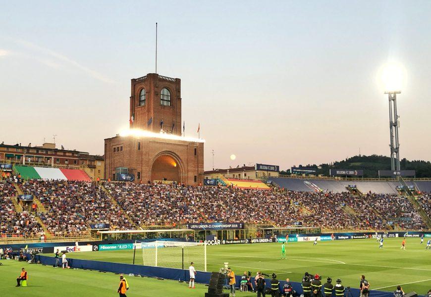 Top 10 stadioane din străinătate