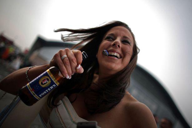 Şi zâna măseluţă bea bere